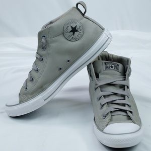 Converse Chuck Taylor All Star Mid-Top Suede